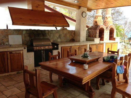Casa del Sol: OUtdoor Kitchen at Casa Ken