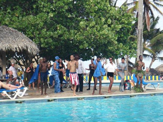 Caribe Club Princess Beach Resort & Spa: staff de dia