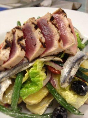 Phoenix : tuna nicoise