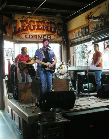 Legends Corner : Lefty & the Right Hand Band ~ 2013