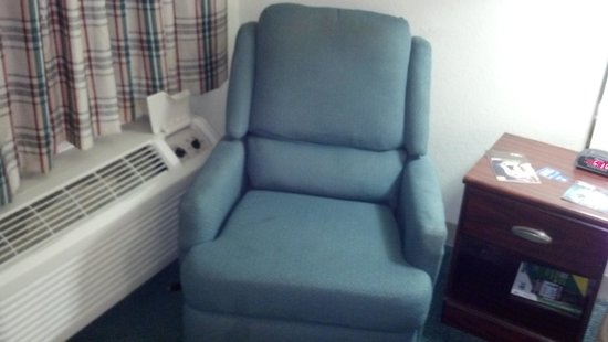 Extended Stay America - Tucson - Grant Road : Chair