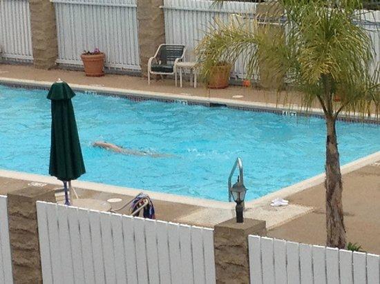 Ramada Costa Mesa/Newport Beach : Pool 2