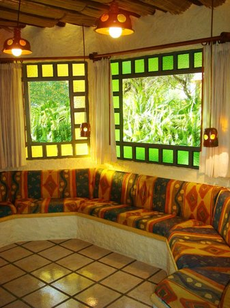 Hotel Bosques del Sol suites: SALA