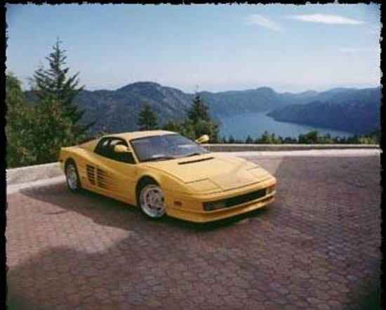 Prancing Horse Retreat: Our Ferrari with our amazing view