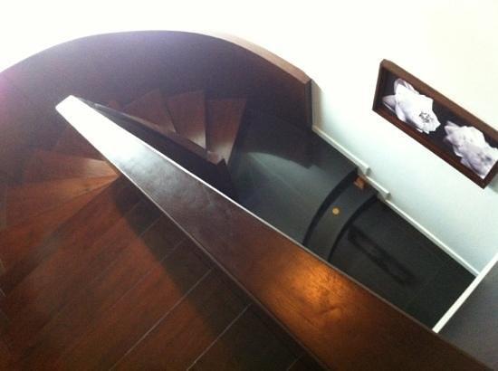 S31 Sukhumvit Hotel: two floor suite