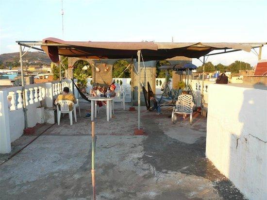 Hostel Noel y Nury : Terrasse sur le toit