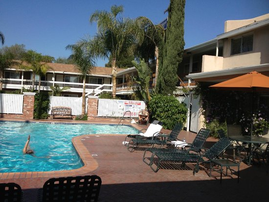 BEST WESTERN PLUS Carriage Inn: Pool