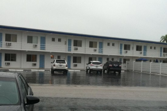 Beau Lido Suites: the view of the motel across the street...they paved paradise and put up a parking lot