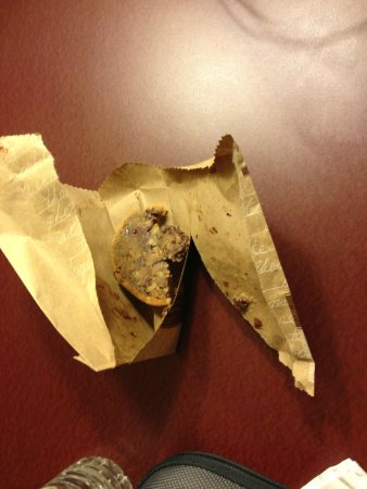 DoubleTree by Hilton Las Vegas Airport: undercooked cookie
