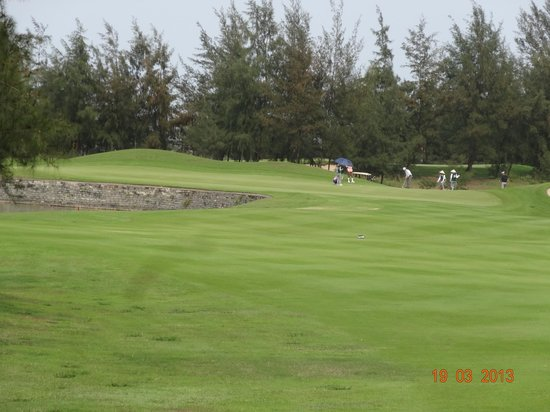 Montgomerie Links: 5th