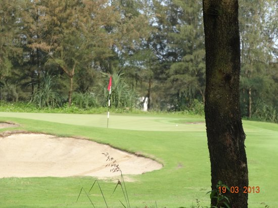 Montgomerie Links: 6th