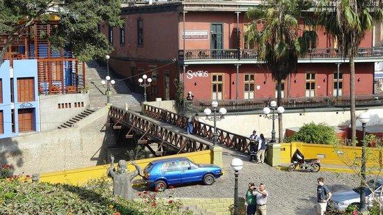 Barranco: Santos Cafe y el Puente de los Suspiros