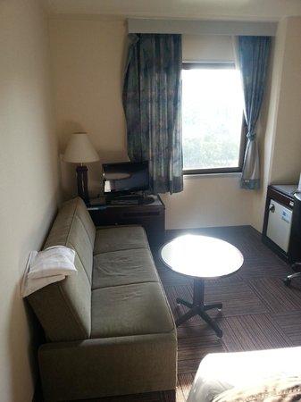 Court Hotel Hiroshima : Double room non smoking pic 1