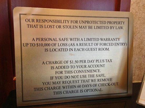 Days Inn - ST. Louis/Westport MO: The $1.50 Safe Fee