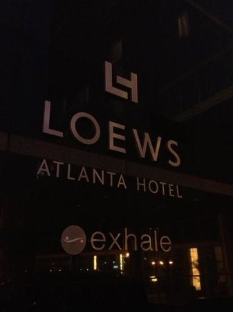 Loews Atlanta Hotel: entrance