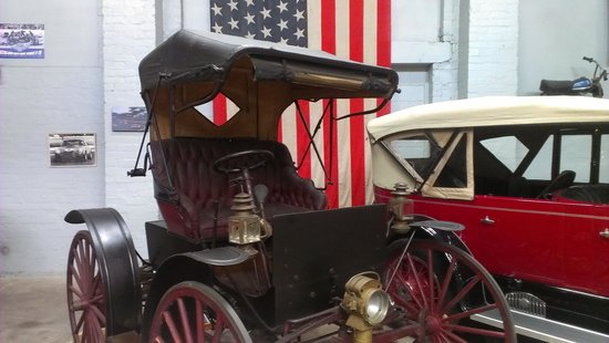 Gippsland Vehicle Collection: the oldest one on display