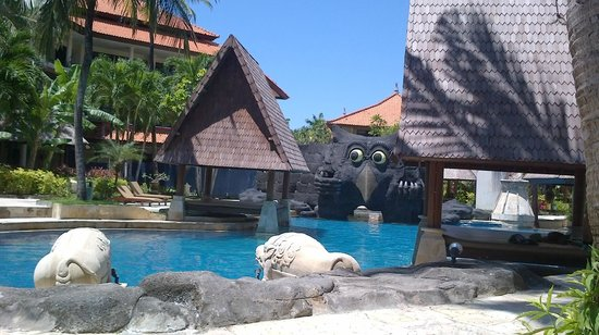The Tanjung Benoa Beach Resort Bali: Hotel poo;