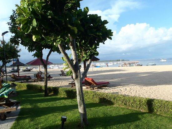 The Tanjung Benoa Beach Resort Bali: Front beach