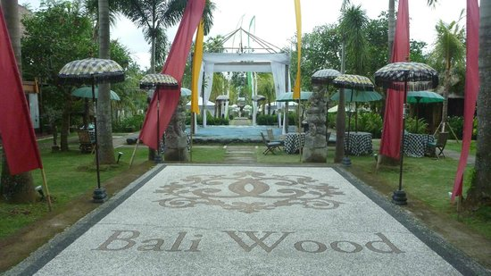 Baliwood Resort: Scenes