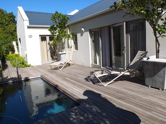 Franschhoek Villas: the outside area at no 41 Cabriere