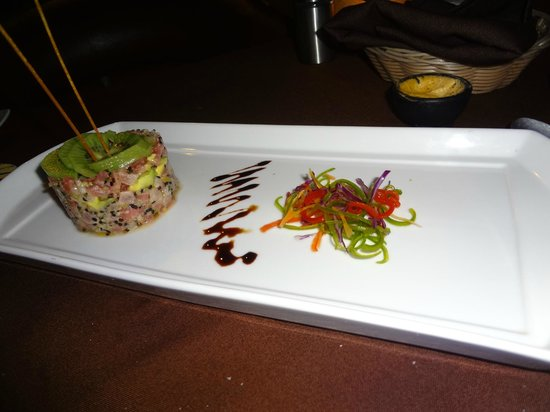 Ajua Maya : Tuna Tartar-very good!