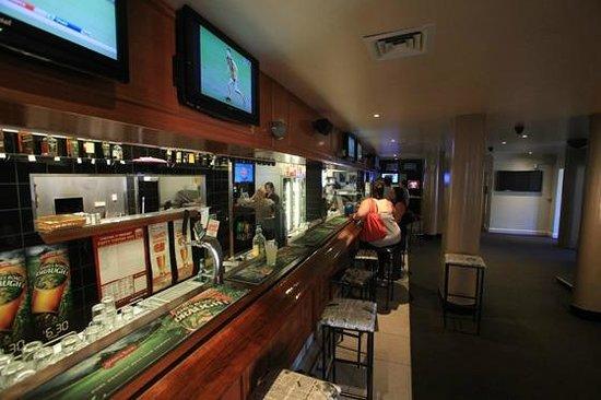 Welcome Stranger Hotel : Main Bar