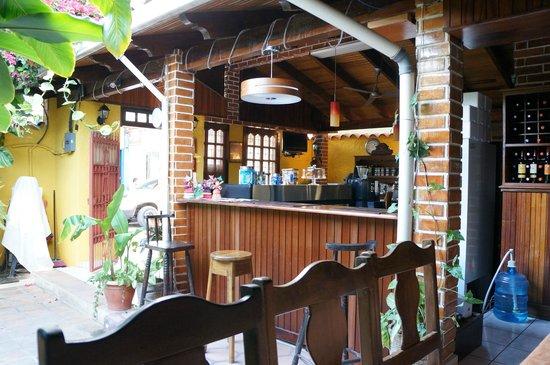 Cafe San Rafael : カウンター