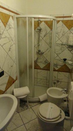 Casa ai Due Leoni: Bathroom