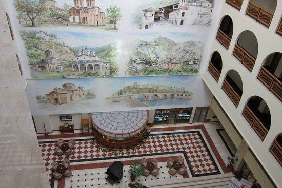 Aleksandar Palace: Macedonian sights
