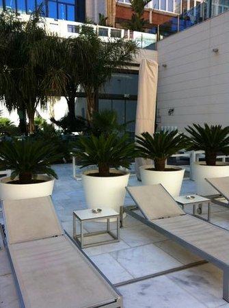 Hotel Indigo Barcelona - Plaza Catalunya: pool