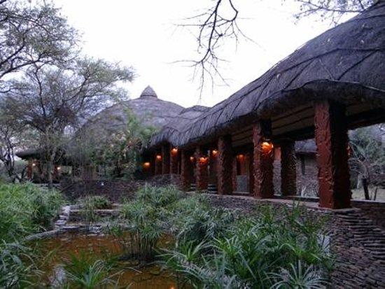Serengeti Serena Safari Lodge: The Dining Area