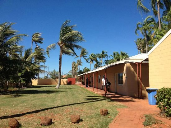 Mercure Broome: access to rooms and reception
