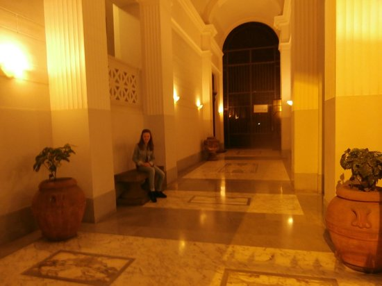 Hotel Sant'Angelo: The entrance hall