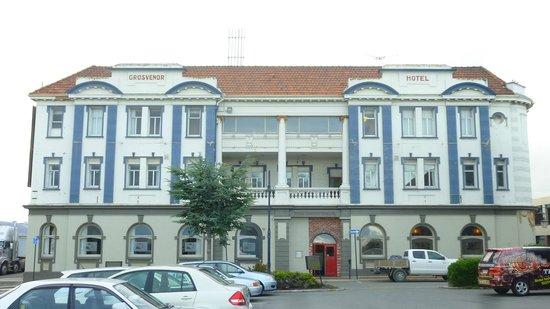 Grosvenor Hotel: Panorama delle facciata