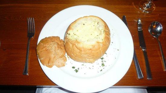 Ginger and Garlic Restaurant: la zuppa di pesce