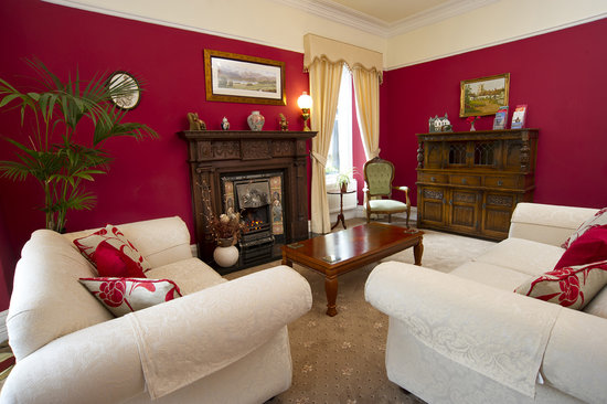 Beechwood Guest House: Guest Lounge