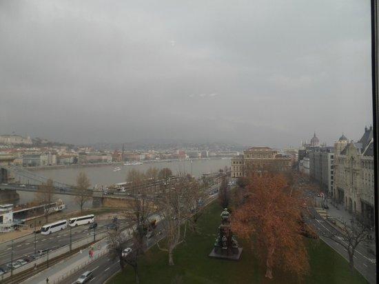 Sofitel Budapest Chain Bridge: River view