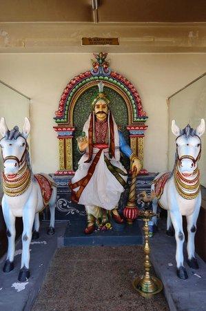 Sri Mariamman Temple, Singapore - Picture of Sri Mariamman ...