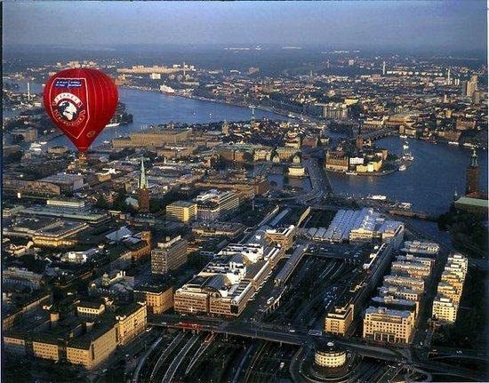 Scandinavian Balloons