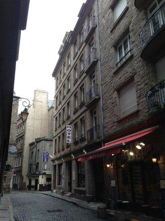 Hotel du Louvre Saint-Malo : Vue extérieure