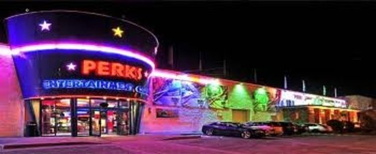Perks Entertainment Centre : Bright Lights of Perks