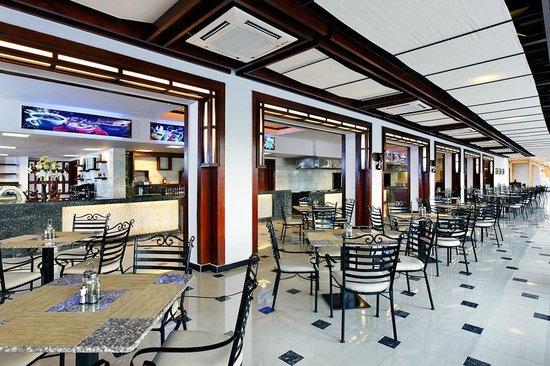 Jungle Aqua Park : Food court