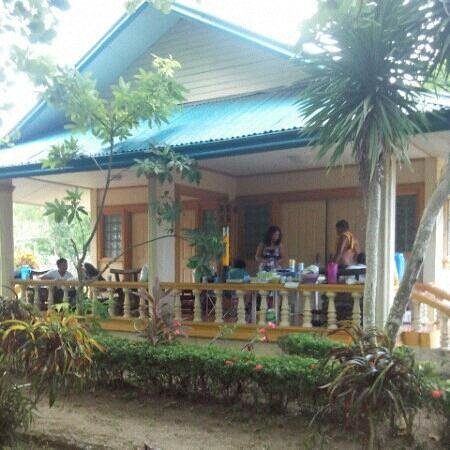 Hinigaran, Philippinen: One of Two Duplex accomodations