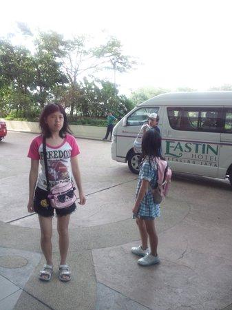 Eastin Hotel Kuala Lumpur: 無料シャトルでトロピカーナに行きました