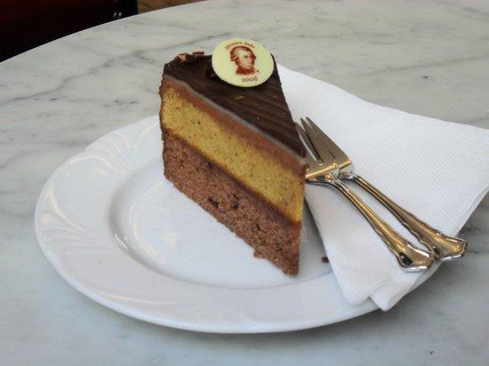 Hotel Imperial Vienna: Viennese Cake
