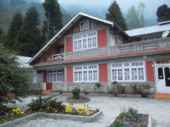 Hotel Season House
