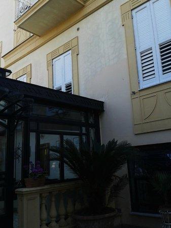 Hotel Villa Margherita : La facciata principale