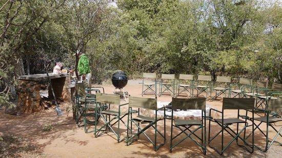 Mosetlha Bush Camp & Eco Lodge: Nothing beats a bbq