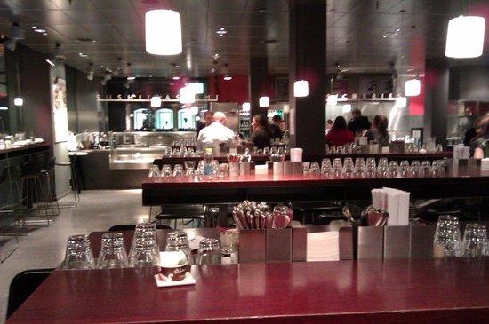 Globus Geneva: Ein Teil vom Restaurant