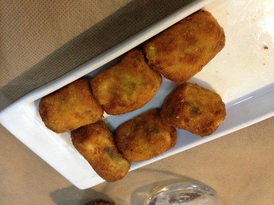 Taberna do Canton: Croquetas de cocido